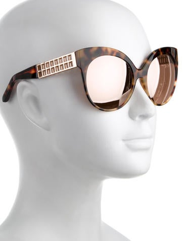 Reflective Cat-Eye Sunglasses