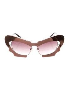 86d774887ed0 Linda Farrow. Tinted Cat-Eye Sunglasses