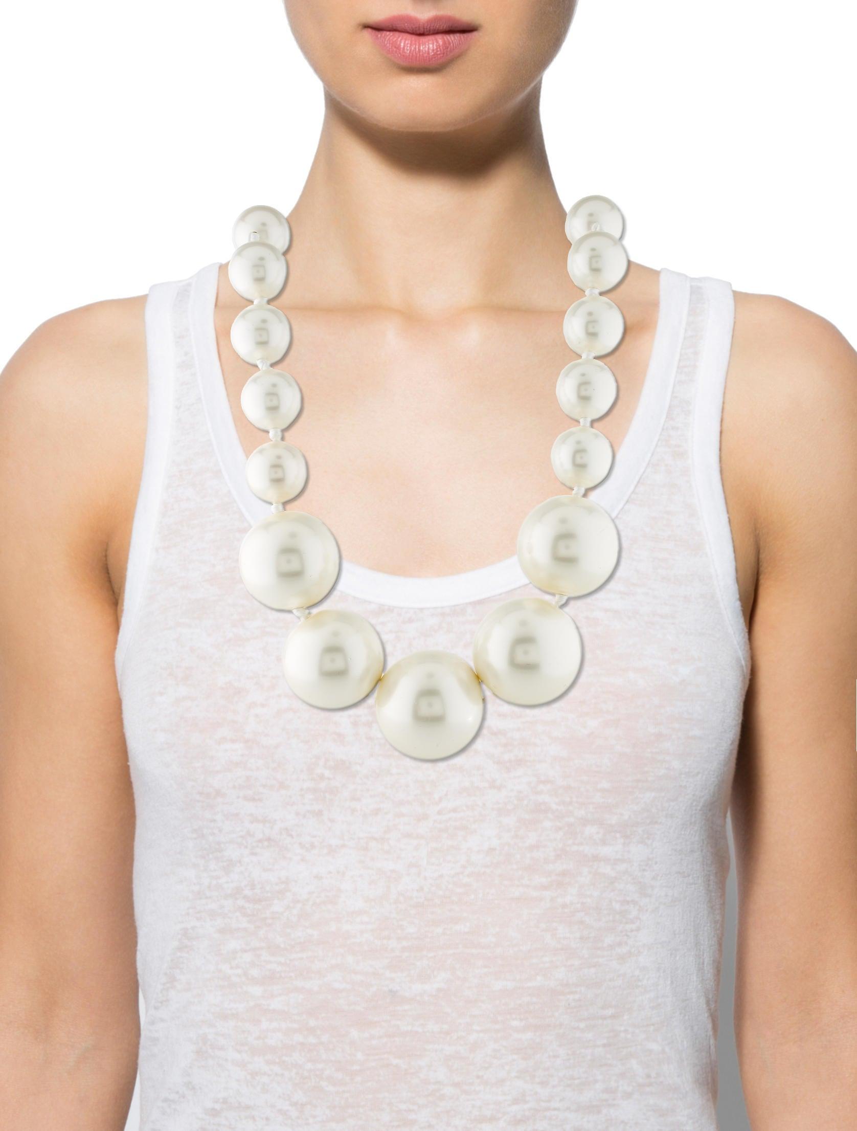 Louis Vuitton Oversized Faux Pearl Necklace Necklaces