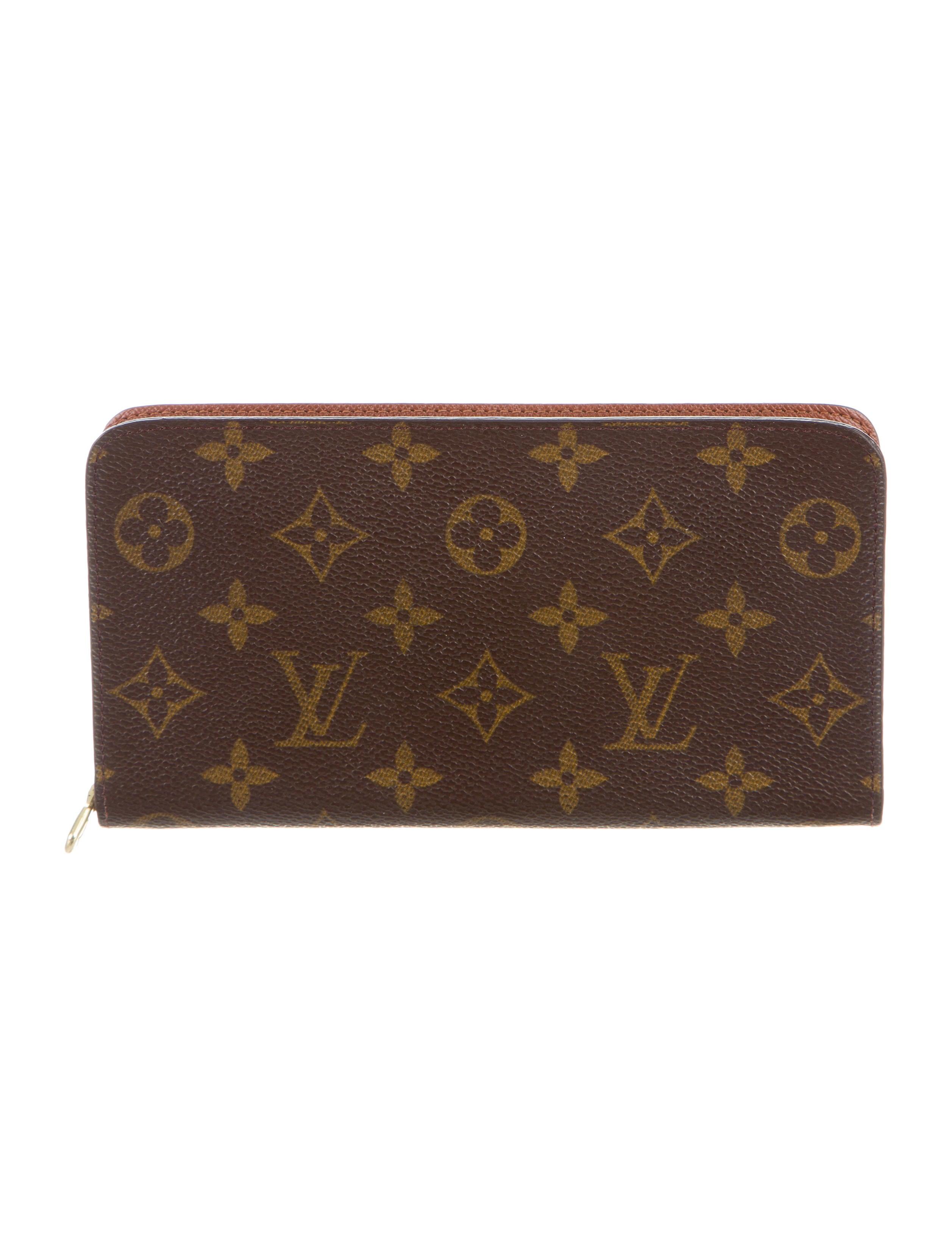 louis vuitton monogram porte monnaie zippe accessories lou106597 the realreal