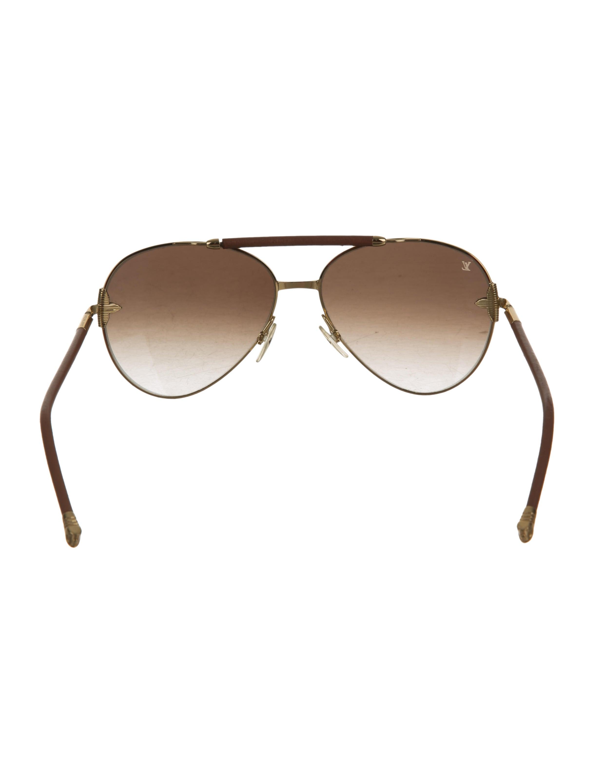 c85ae37ce718 Louis Vuitton Aviator Sunglasses Red