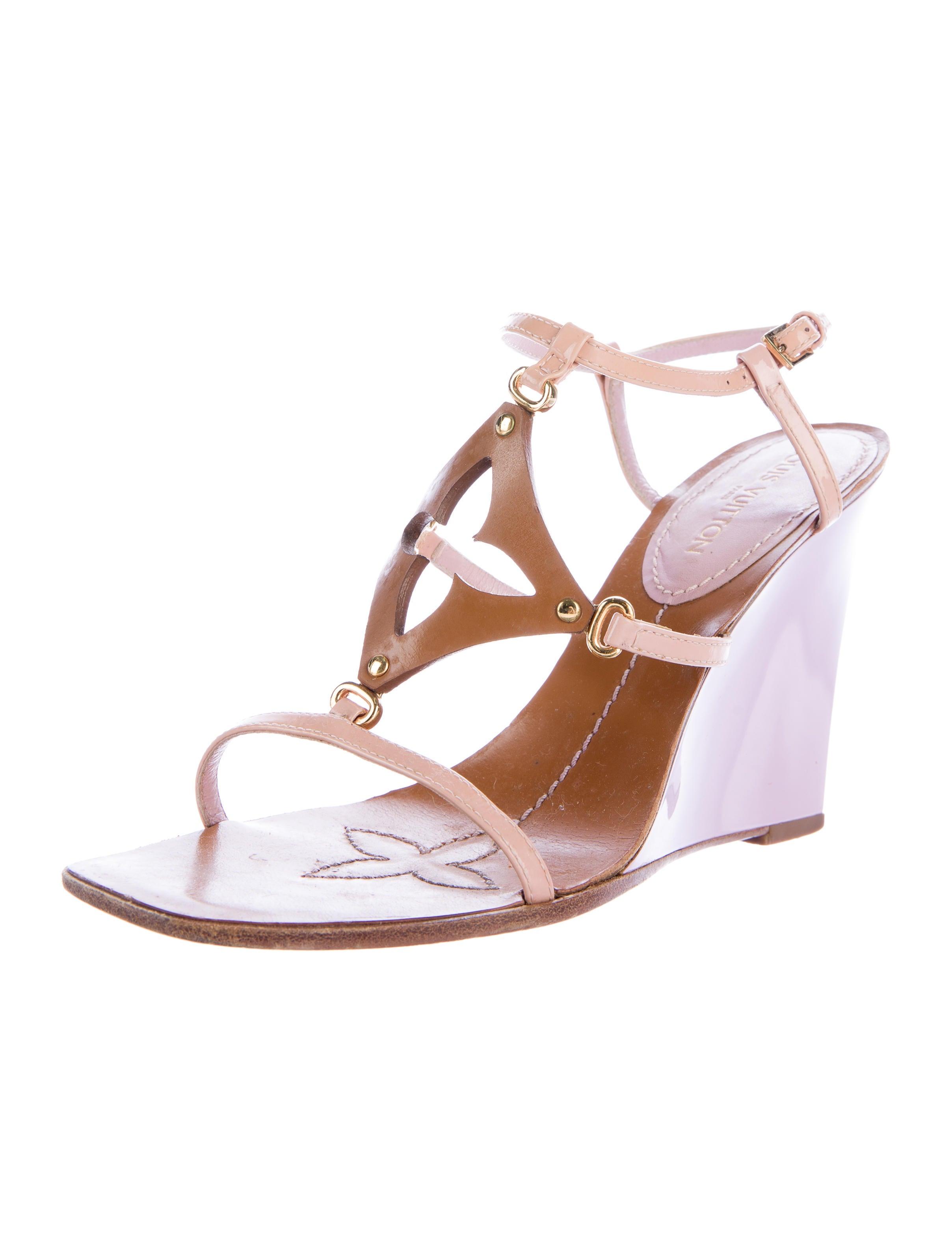 louis vuitton quatrefoil wedge sandals shoes lou108746