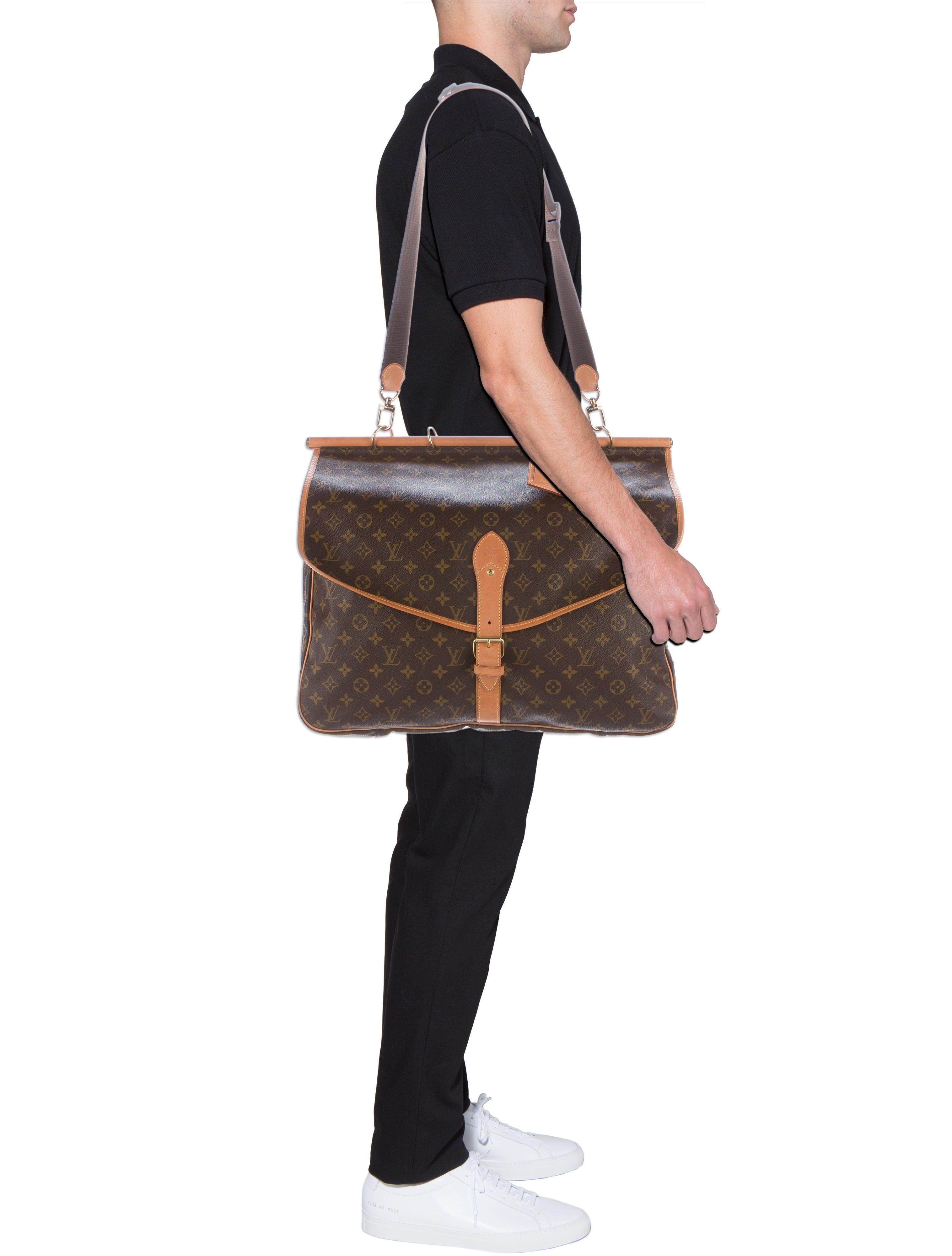Sac Louis Vuitton Matelassé : Louis vuitton monogram sac chasse bags lou the