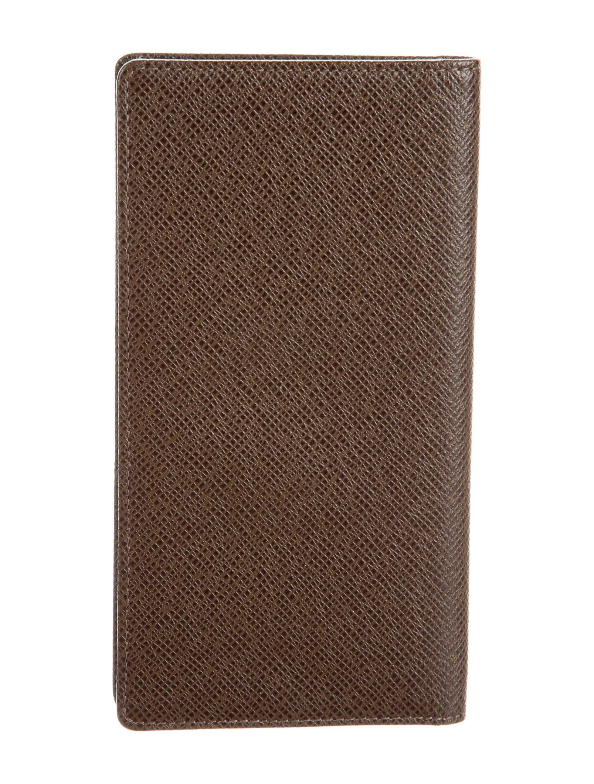 louis vuitton taiga porte chequier cartes travel wallet accessories lou120905 the realreal