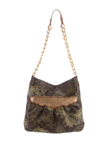 Louis Vuitton Dentelle Fersen Bag None