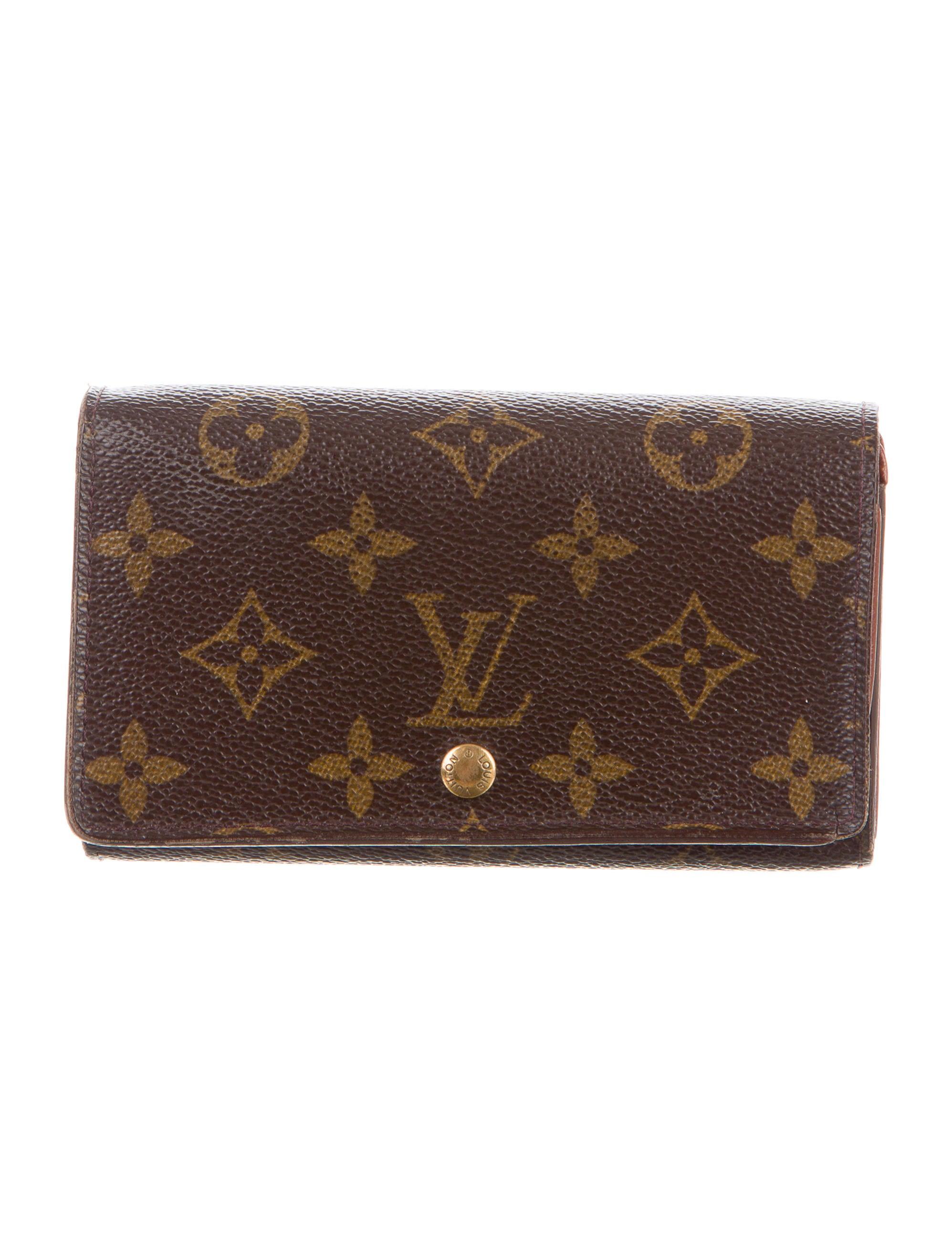 Louis vuitton porte monnaie billets tr sor wallet for Porte monnaie wallet