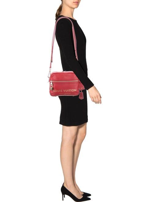 de987a9346f9 Louis Vuitton Flight Bag Paname Takeoff - Handbags - LOU124837