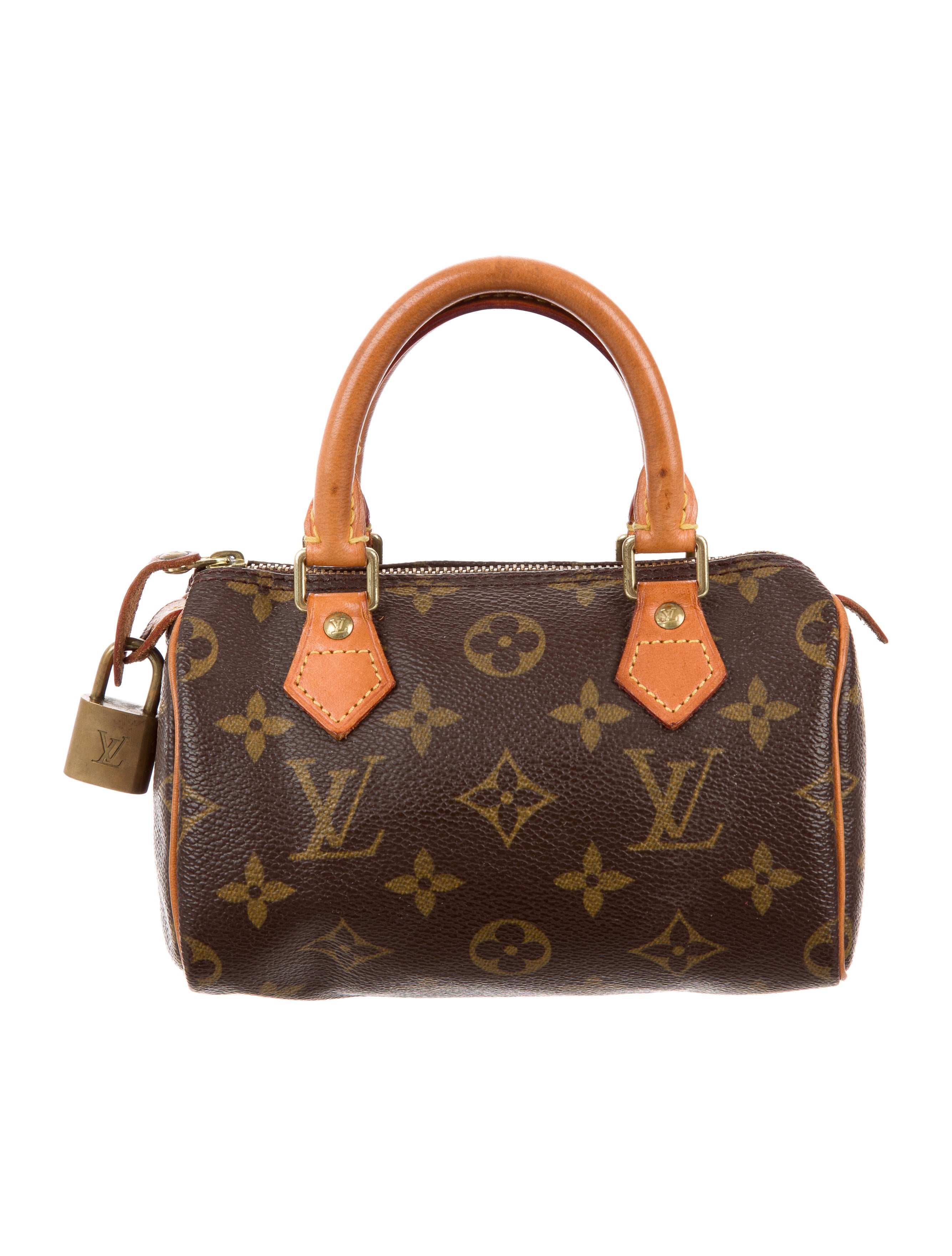 4ps of louis vuitton Louis vuitton becoming successful in the luxury  the current rise of profitability of louis vuitton is not a  strategies related to the first of the 4ps.