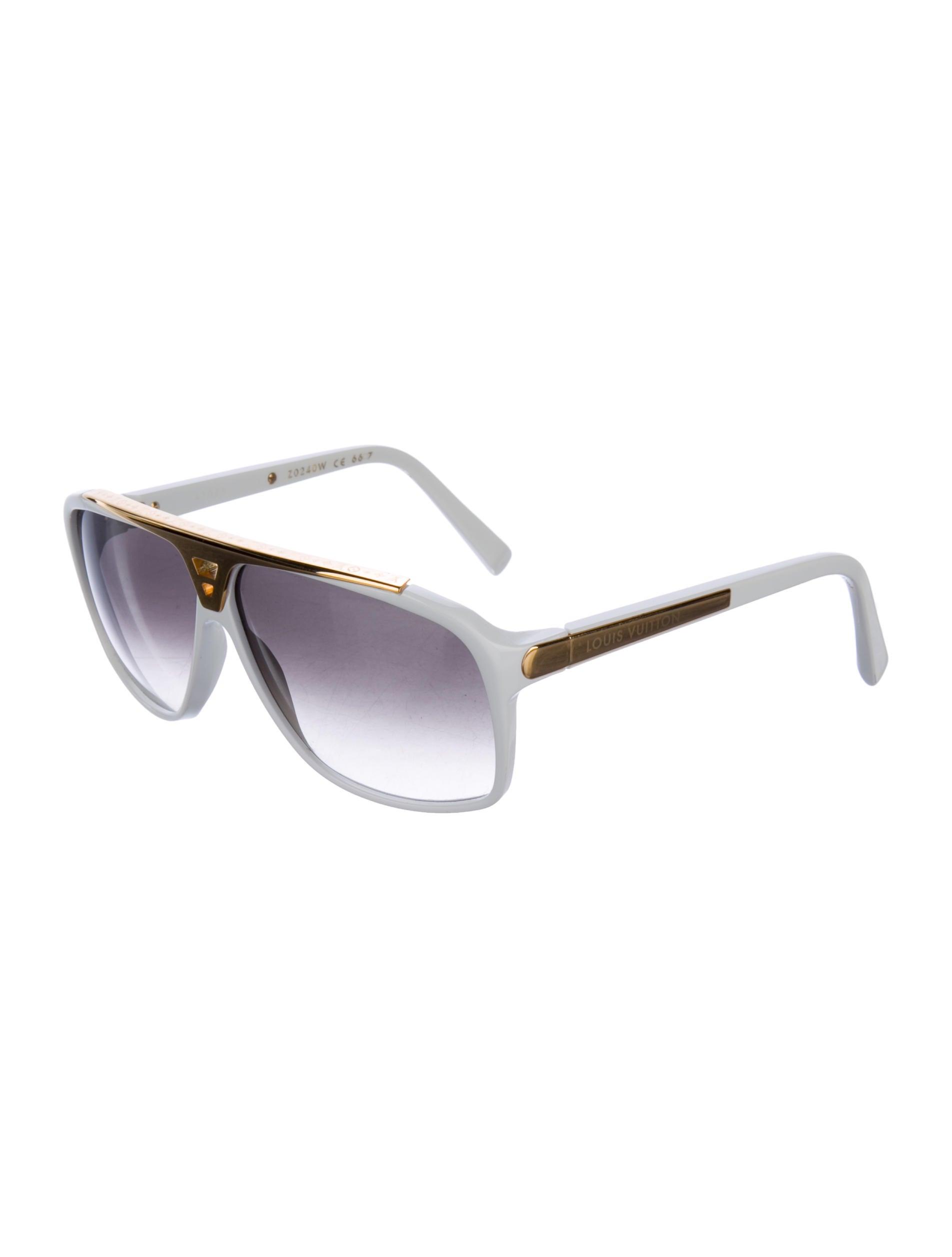 edbebaa2613 Louis Vuitton Vintage Aviator Sunglasses