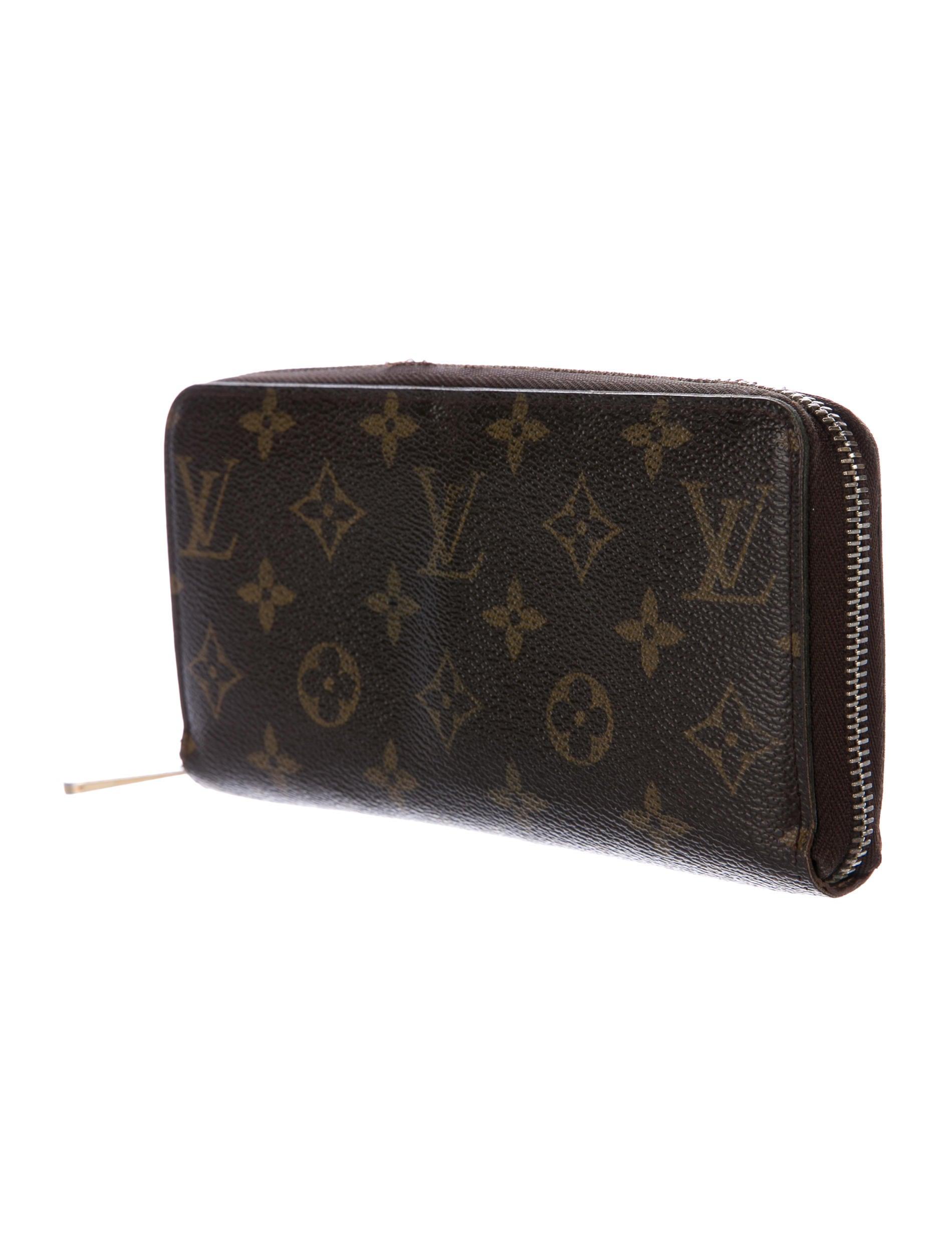 louis vuitton monogram zippy wallet accessories lou129152 the realreal. Black Bedroom Furniture Sets. Home Design Ideas