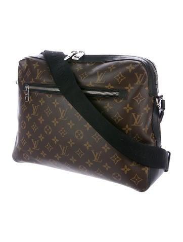 3bb83bb9e2d2 Louis Vuitton Monogram Macassar Torres PM - Bags - LOU134785