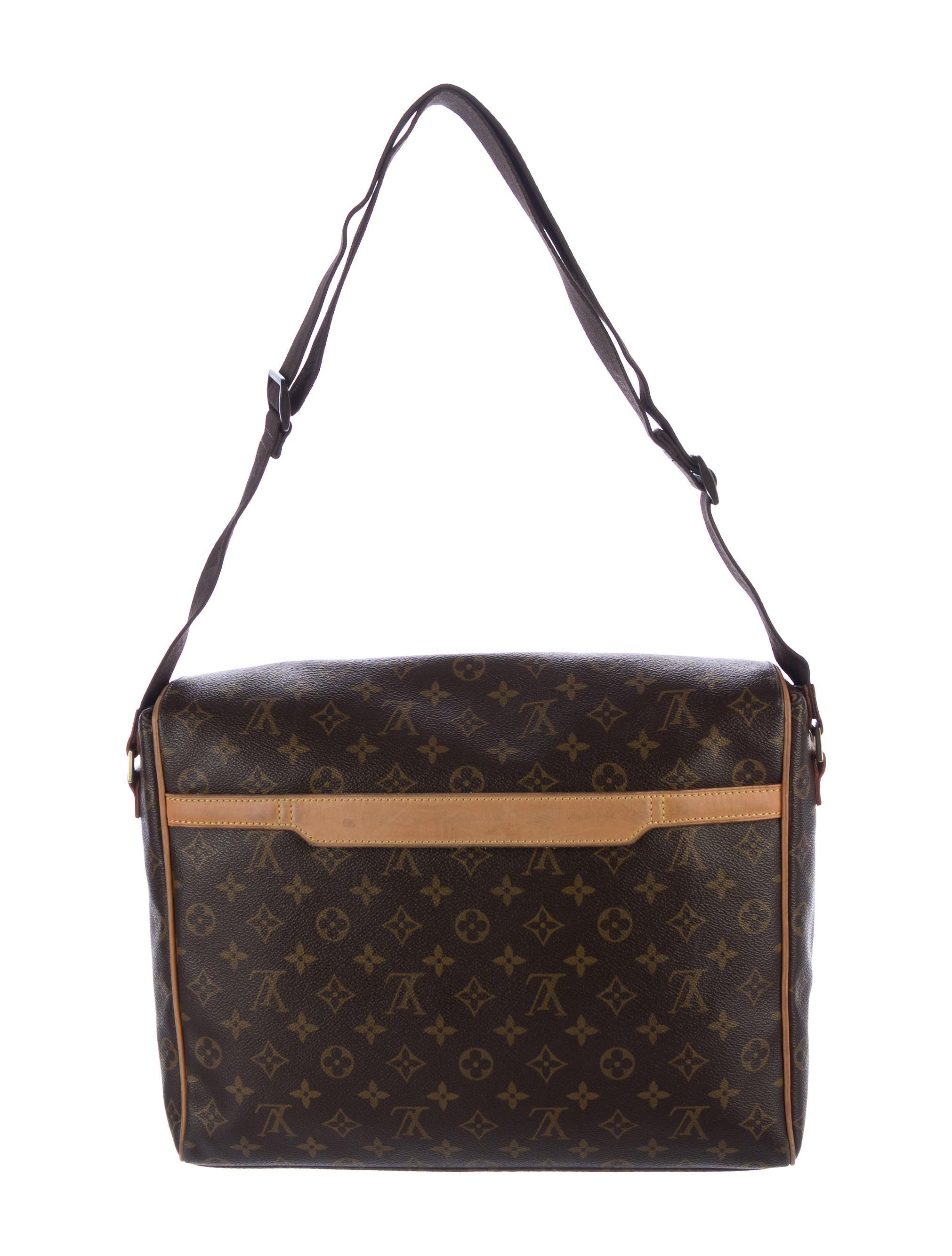205c9434dde1 Louis Vuitton Valmy Messenger MM Bag - Bags - LOU136210