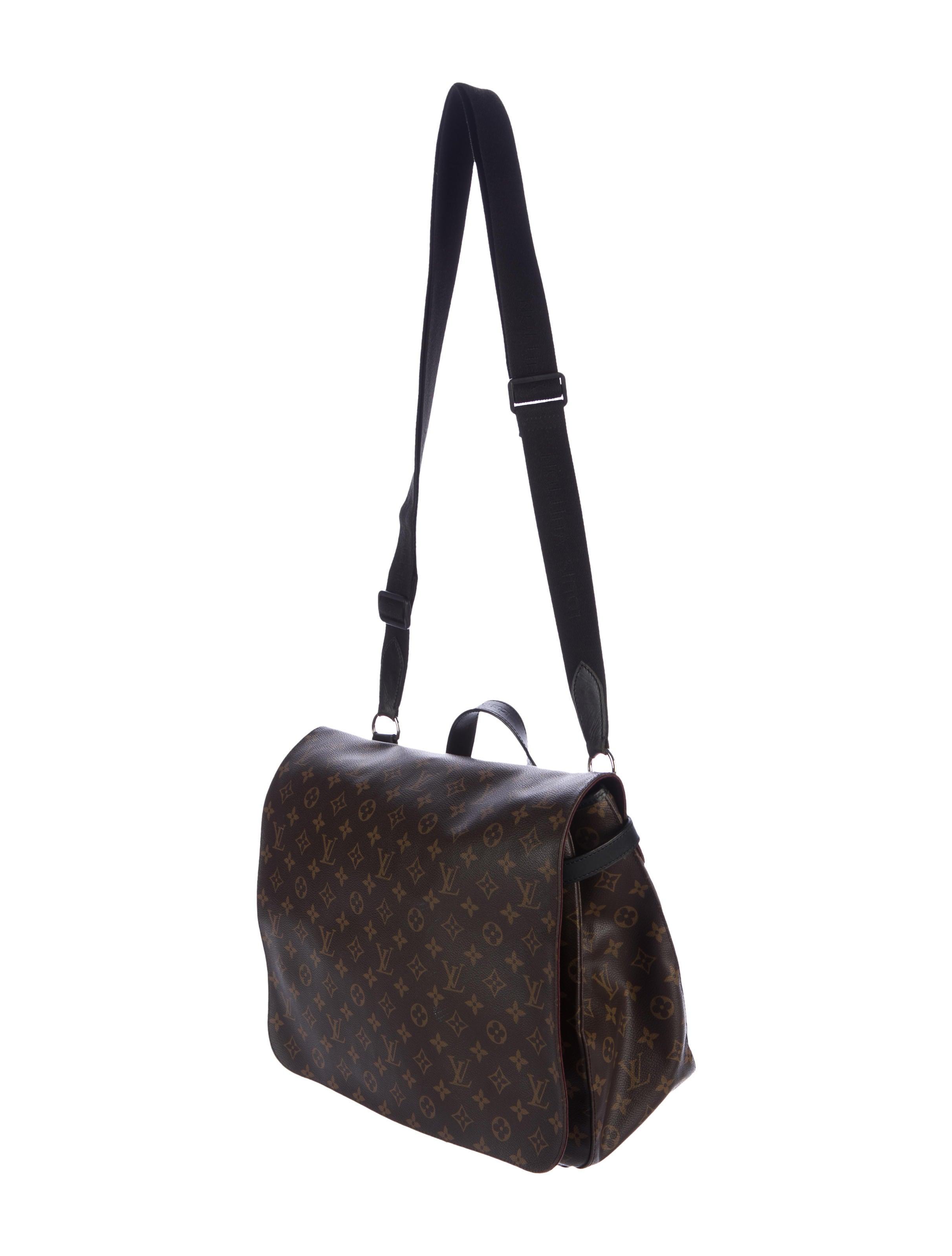 Louis Vuitton Monogram Macassar District Mm Bags