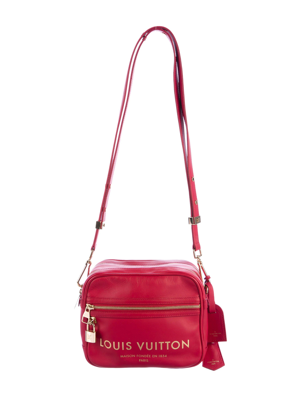 0f559d38d4c1 Louis Vuitton Flight Bag Paname Takeoff - Handbags - LOU140829