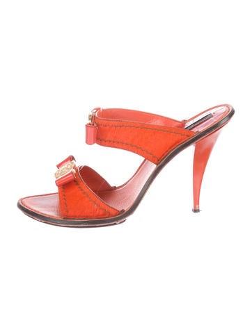 Louis Vuitton Sandals None