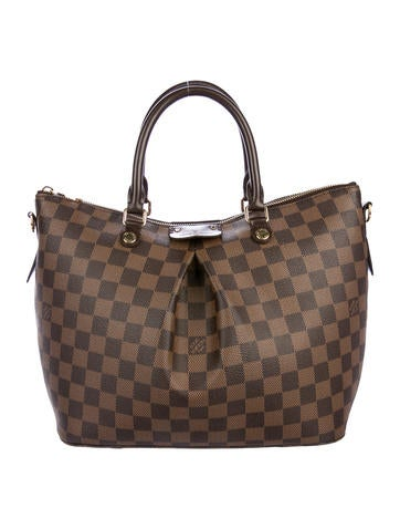 Louis Vuitton e9558b967c2f7