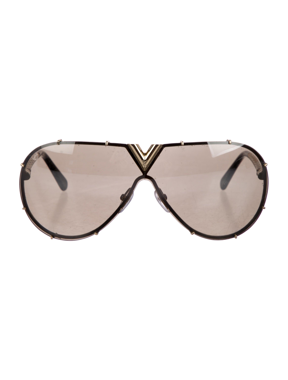 2acfdd0c9165a Louis Vuitton LV Drive Sunglasses - Accessories - LOU197147