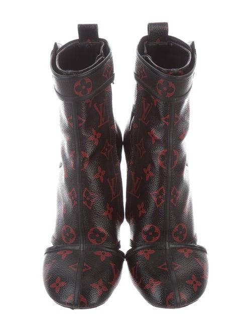 2cd876edff9d Louis Vuitton Monogram Logomania Boots - Shoes - LOU203390