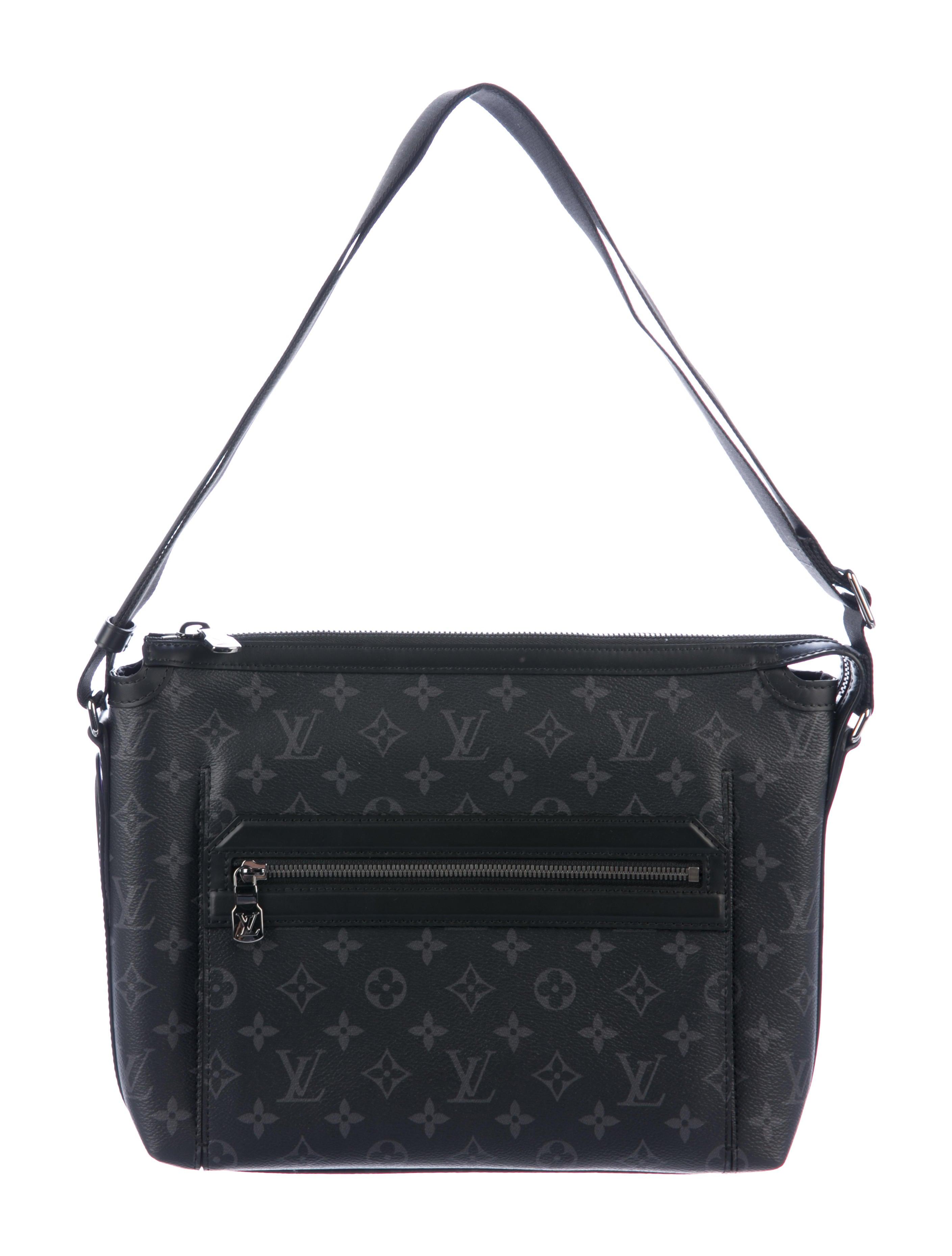 e30749a2ab82 Louis Vuitton 2018 Monogram Eclipse Odyssey Messenger PM - Bags ...