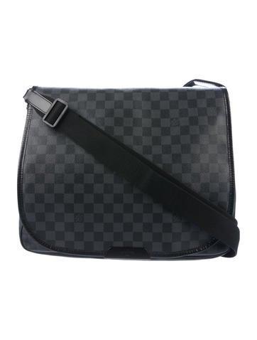 c76b74558b52 Louis Vuitton