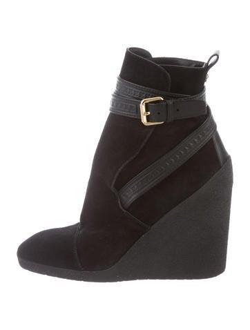 a936770bcfb4 Louis Vuitton Shoes   The RealReal