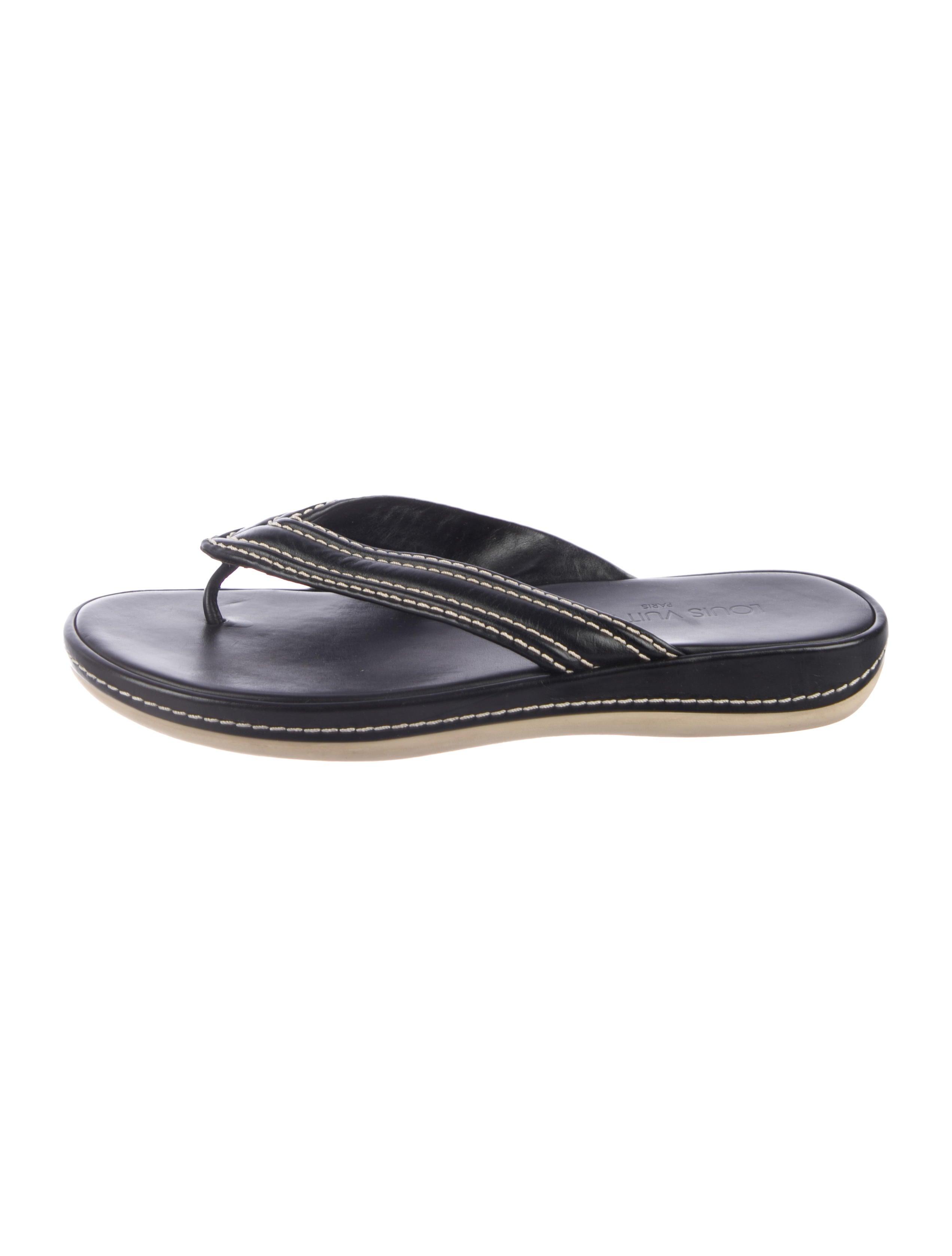 6ea249577d05 Louis Vuitton Logo Thong Sandals - Shoes - LOU213852