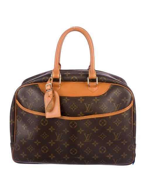 Luxury consignment sales. Shop for pre-owned designer handbags ... 0c6152f3e4190