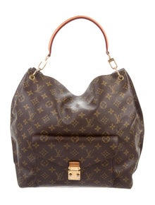Louis Vuitton b25592a6bf4d6