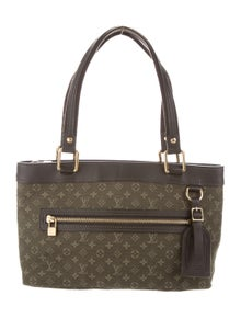d26539865d17 Louis Vuitton. Vernis Mini Lucille PM