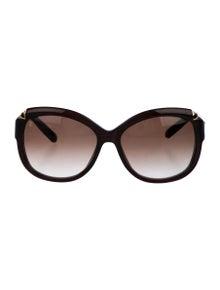 0fe1487c66e Louis Vuitton. Hortensia Round Sunglasses