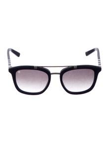 8c403cb99502 Louis Vuitton. Conviction Pilot Sunglasses
