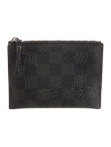 1971c42c29f2 Louis Vuitton. Damier Graphite Medium Key Pouch