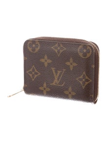 a2f0d63a88d8 Louis Vuitton. Monogram Zippy Coin Purse