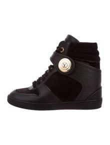 57bd934d6fc0 Louis Vuitton. Epi High-Top Sneakers. Size  US ...
