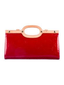 7d09a14d10ab Louis Vuitton. Vernis Roxbury Drive Bag ...