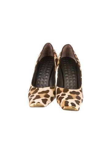 Leopard Print Ponyhair Pumps