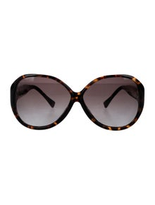 Louis Vuitton Oversize Soupçon Sunglasses