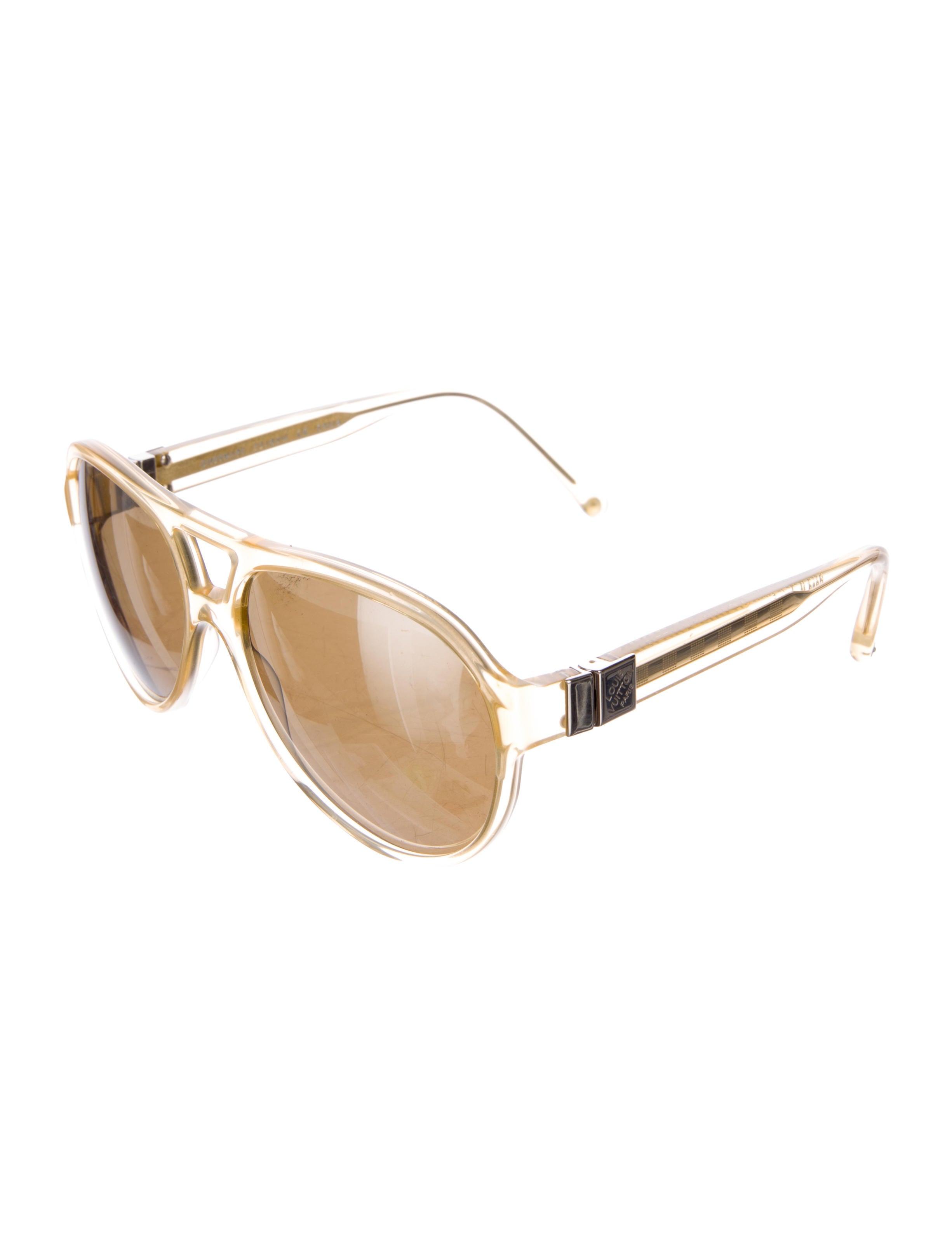 cc48e568a3 Louis Vuitton Vintage Aviator Sunglasses Price