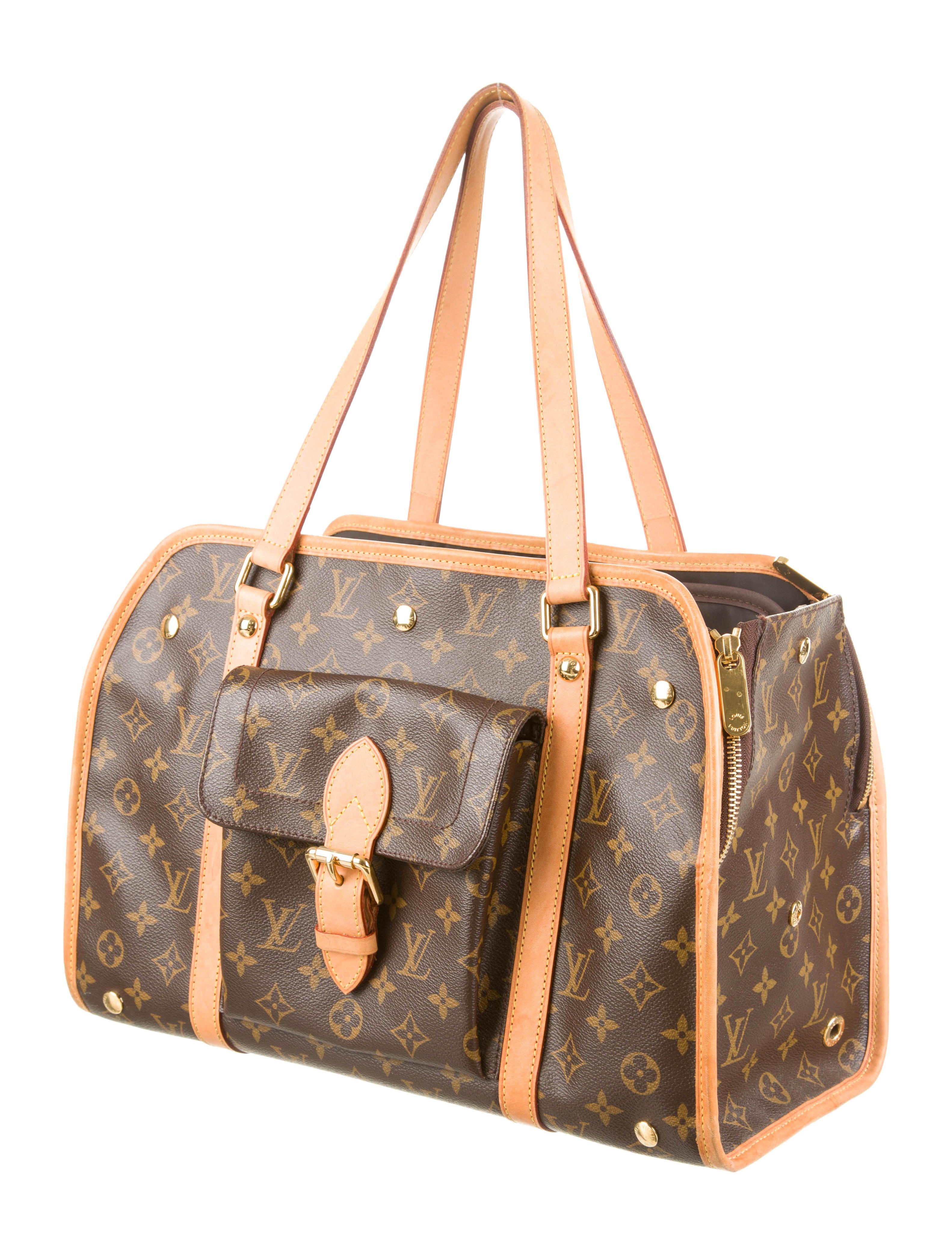 5e96208ee7e Louis Vuitton Baxter Dog Collar Gm