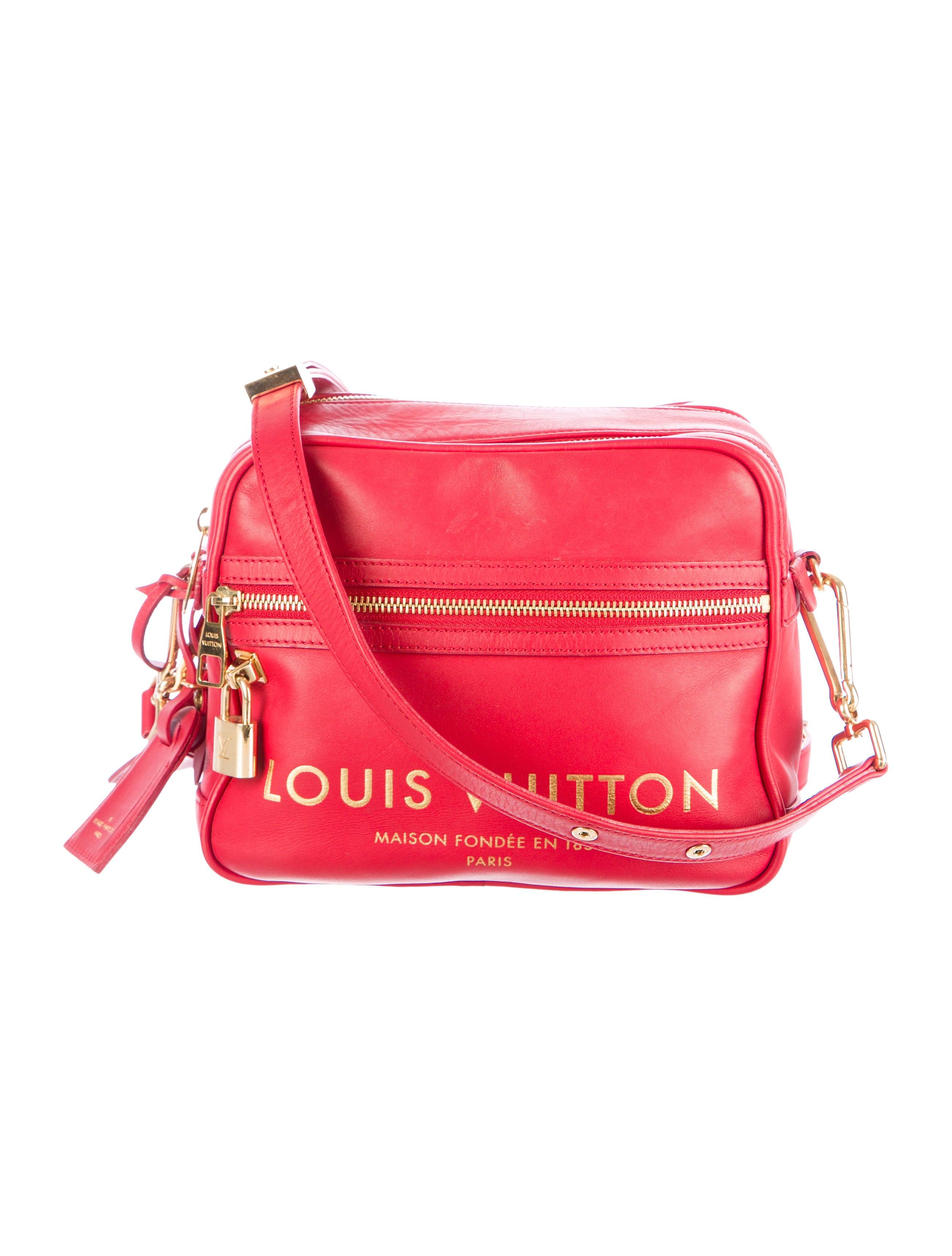 8c0f653259f4 Louis Vuitton Flight Bag Paname Takeoff - Handbags - LOU64196