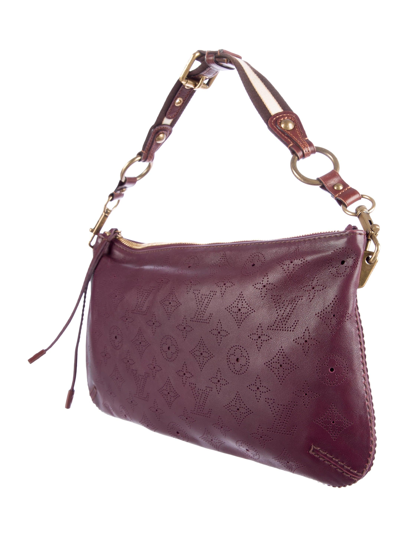 Louis Vuitton Mahina Onatah Pochette - Handbags - LOU74530  4a332a095f62d