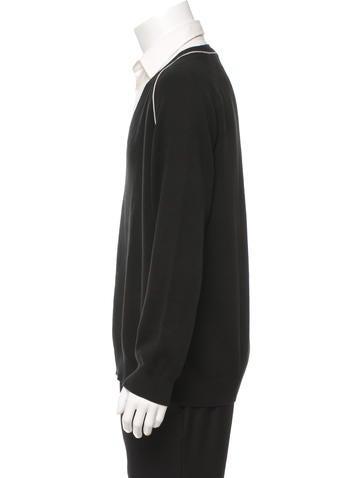 louis vuitton pullover v neck sweater clothing. Black Bedroom Furniture Sets. Home Design Ideas