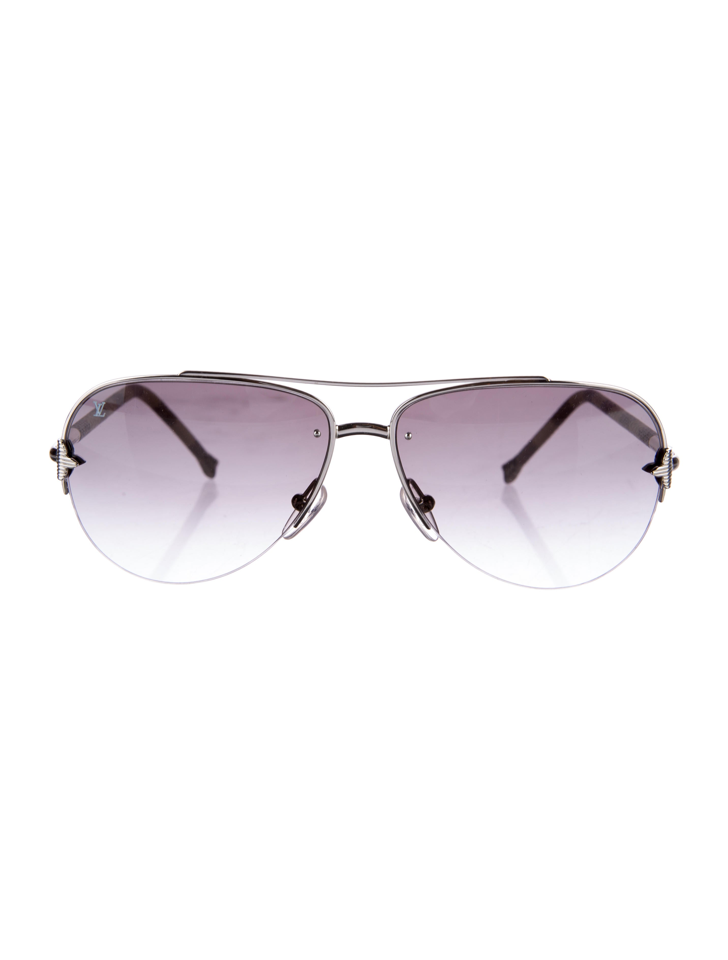 201925aaaa82f Louis Vuitton Petite Viola Pilote Sunglasses - Accessories ...