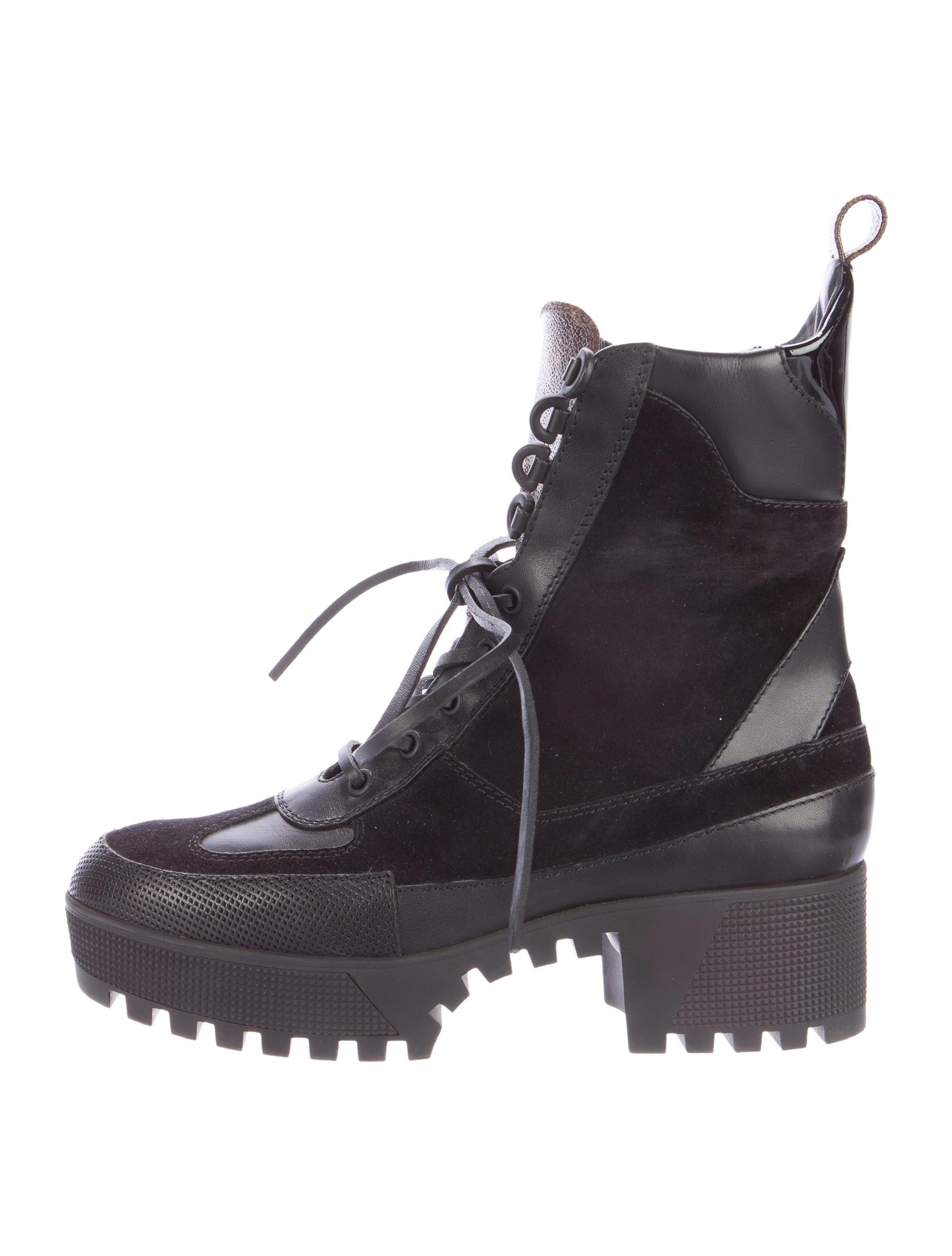 92208fb9f40 Louis Vuitton 2016 Laureate Platform Desert Boots - Shoes - LOU90386 ...
