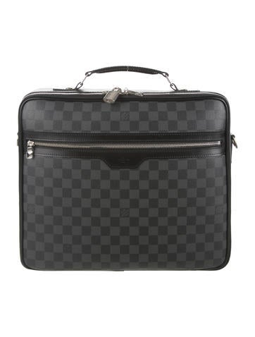 Louis Vuitton Steeve Messenger Bag None