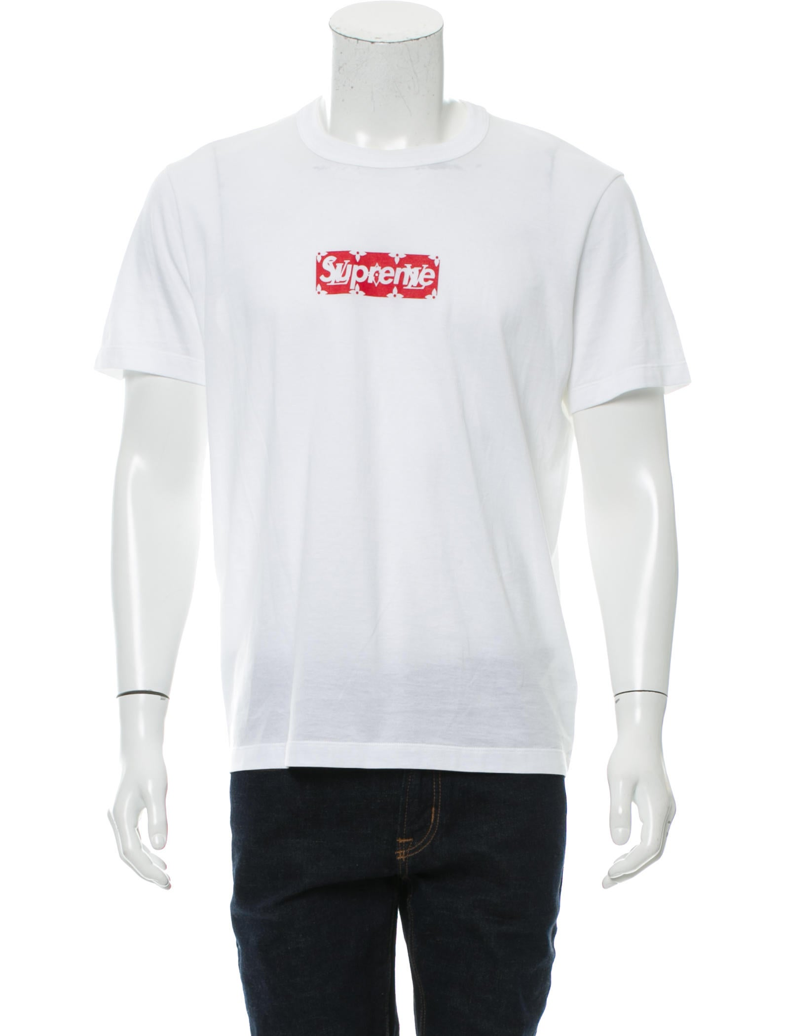 Louis Vuitton x Supreme Box Logo T shirt Clothing  : LOUSU200061enlarged from www.therealreal.com size 1591 x 2099 jpeg 105kB