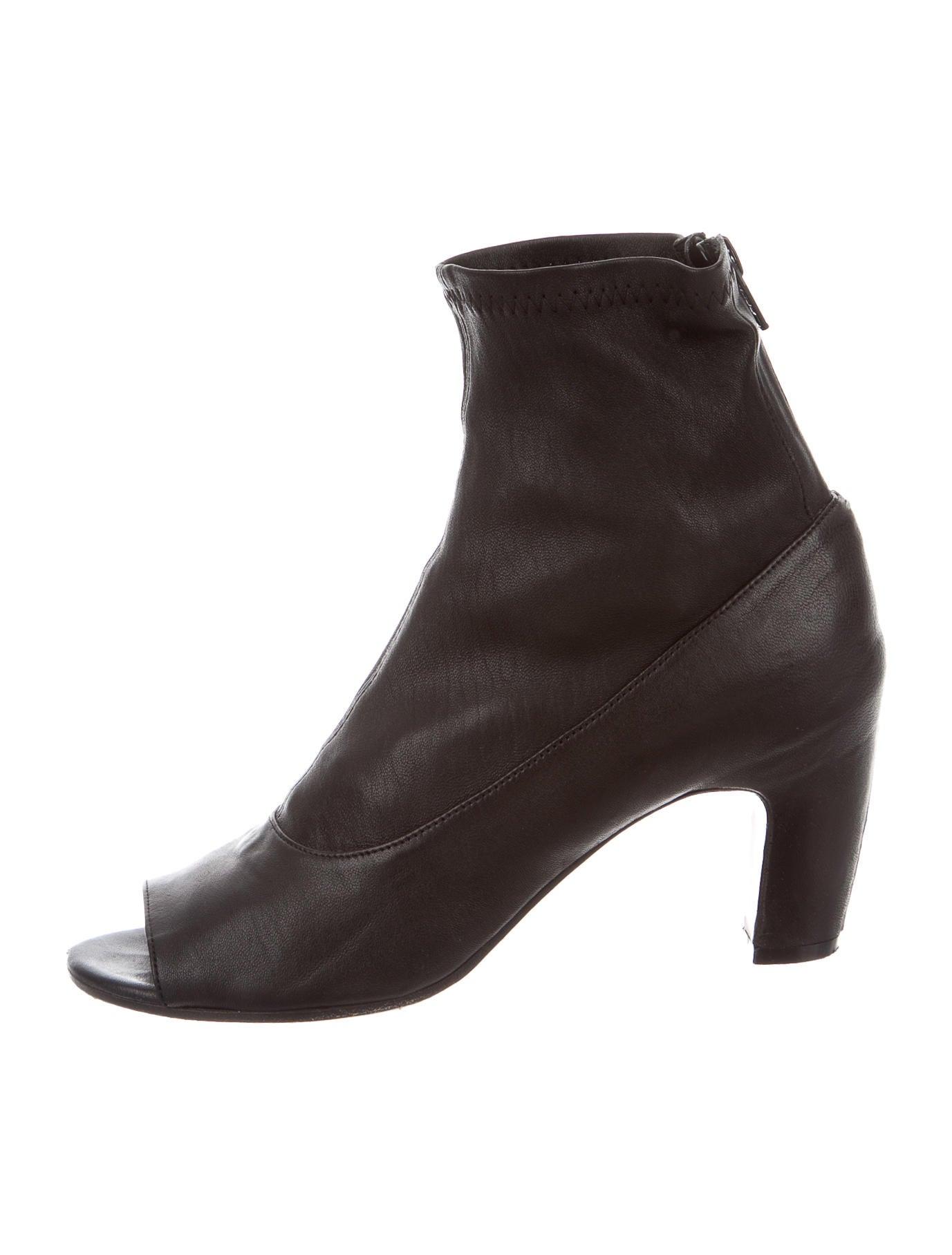 maison martin margiela leather peep toe booties shoes mai24264 the realreal. Black Bedroom Furniture Sets. Home Design Ideas