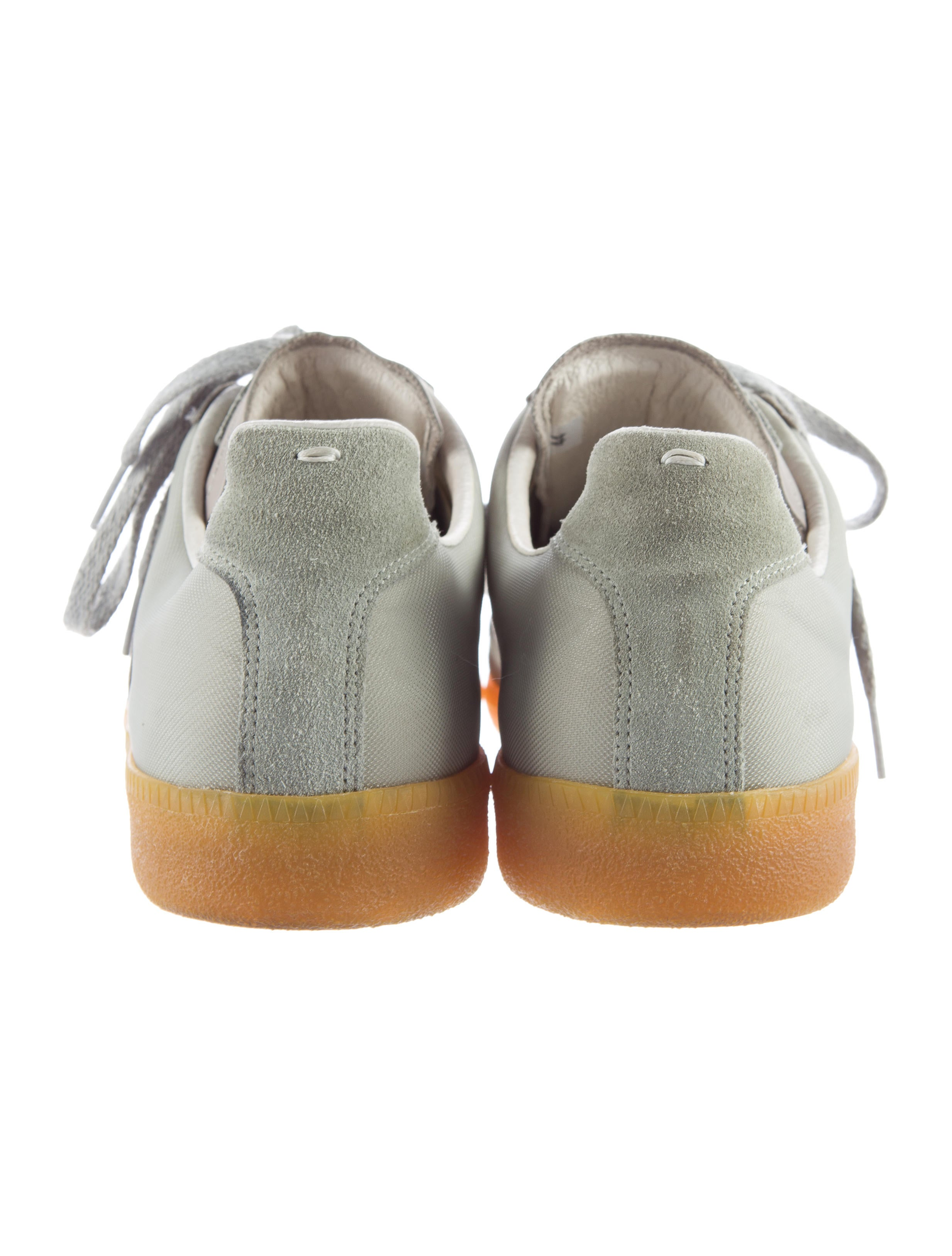 Maison martin margiela suede trimmed replica sneakers for Replica maison martin margiela