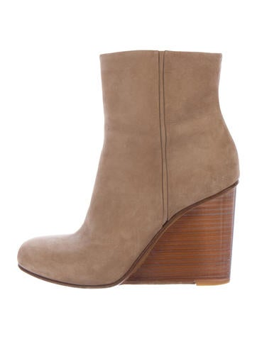 Maison Margiela Suede Wedge Boots None