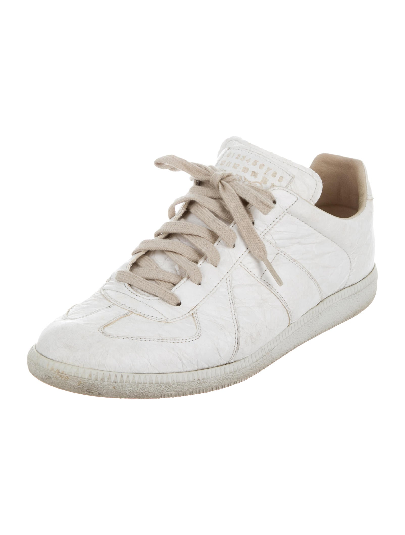 maison margiela replica low top sneakers shoes mai29674 the realreal. Black Bedroom Furniture Sets. Home Design Ideas